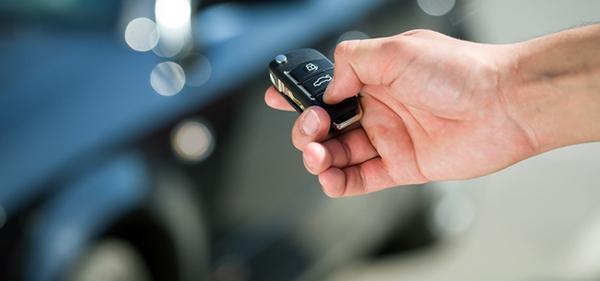 Ivo Service - otwieranie auta kluczykiem